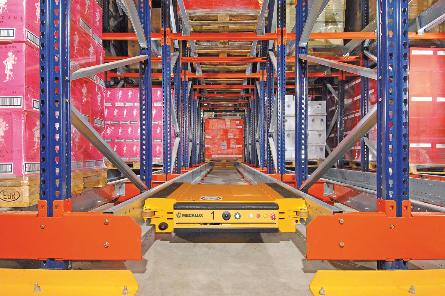 Pallet Shuttle in motion, to perform a retrieval operation